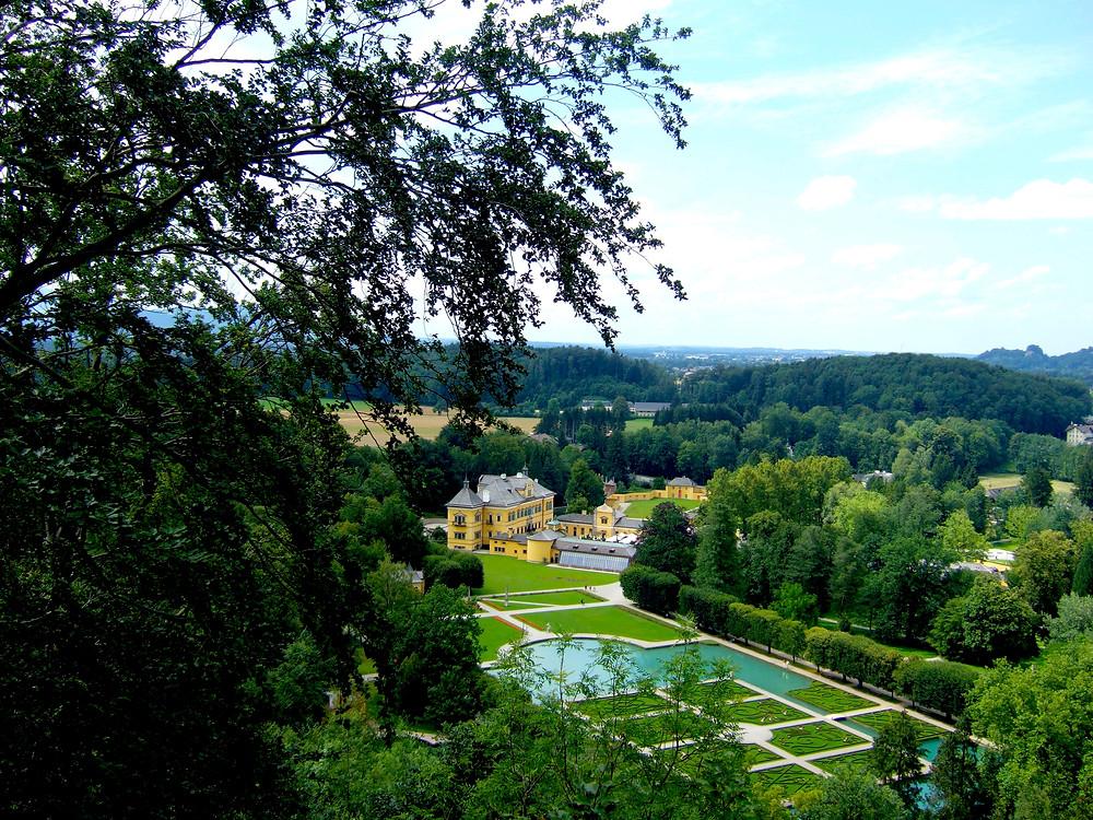 Hellabrunn Palace