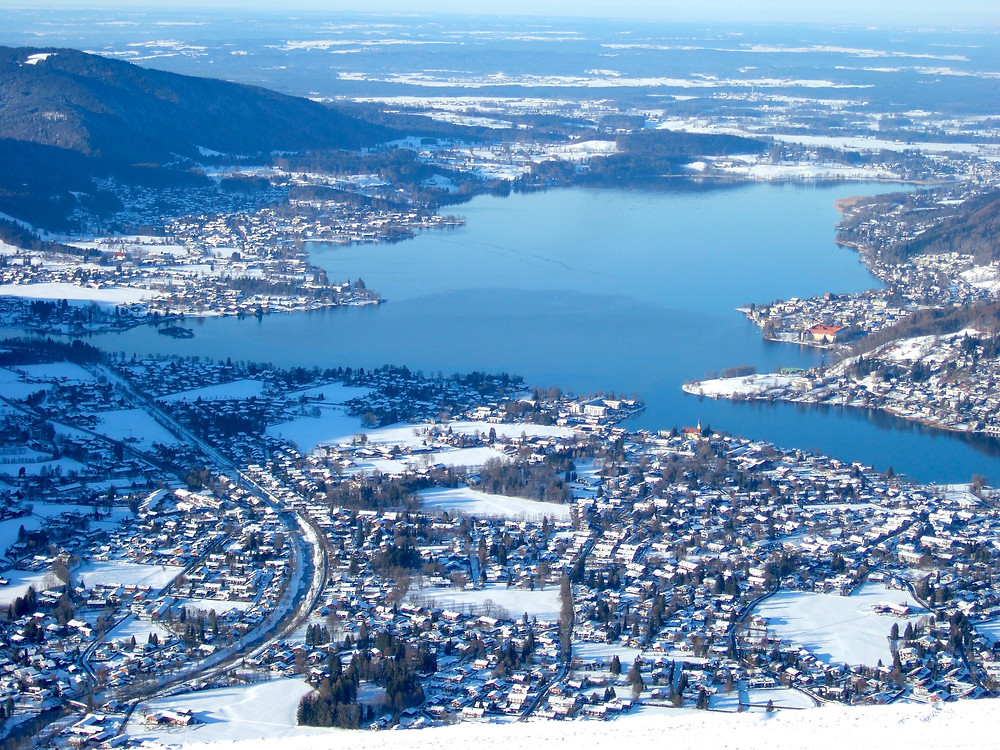 tegernsee lake covered in snow in winter