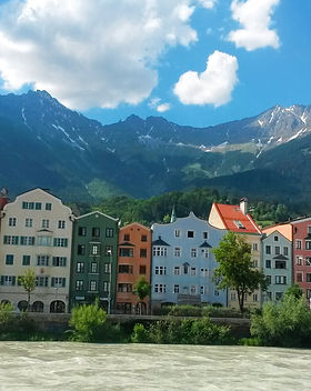 do-innsbruck-walk-river.jpg