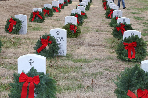 Wreaths Across America at Mounds City