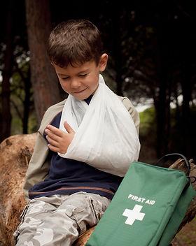 Pronto soccorso per un braccio rotto
