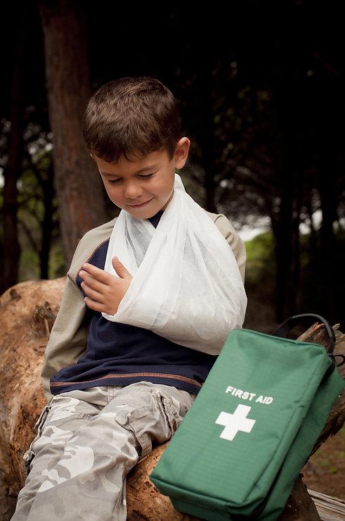 Erste Hilfe für einen gebrochenen Arm