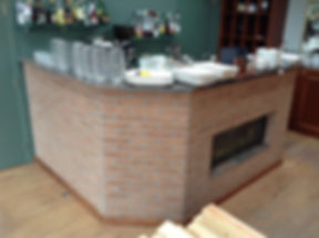 Aménagement bar chêne massif ébénisterie brabant wallon