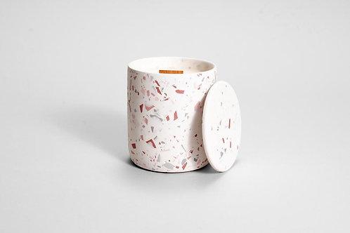 CANDELA rožinio terazzo  betono kvapioji žvakė