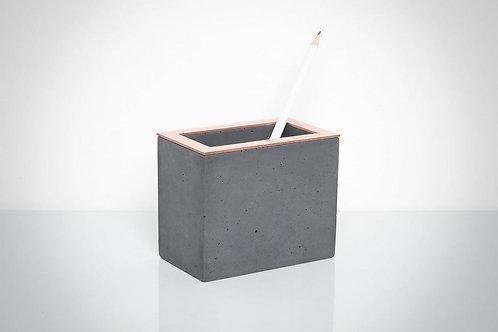 Pilkas betono rašiklių laikiklis