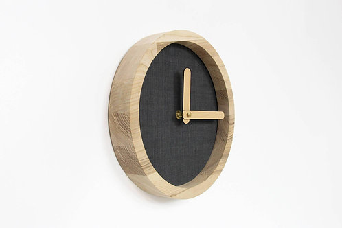 """Black Fabric O'Clock"" laikrodis"