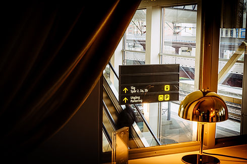 Alexander Arnholm Bahnhof-9.jpg
