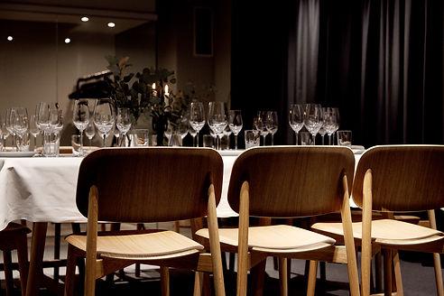 Boka private dining på Jim&Jacob i Stockholm och upplev sydeuropeisk matkultur ostört med egen kock och serveringspersonal.
