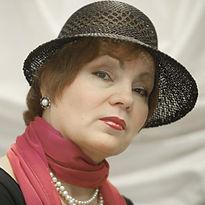 Людмила Маринина