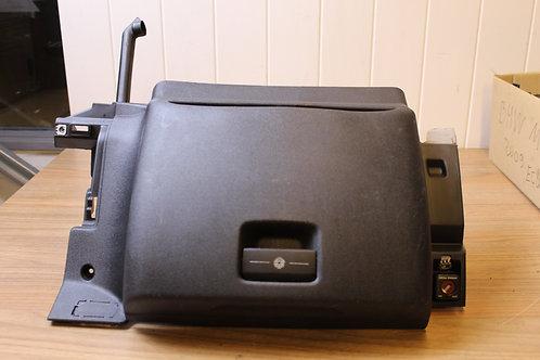 CITROEN C4 PICASSO/ GRAND PICASSO DASH GLOVE BOX PASSENGER SIDE 2008