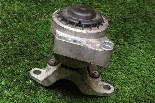 Ford MONDEO MK4 2.0 PETROL ENGINE MOUNT BRACKET