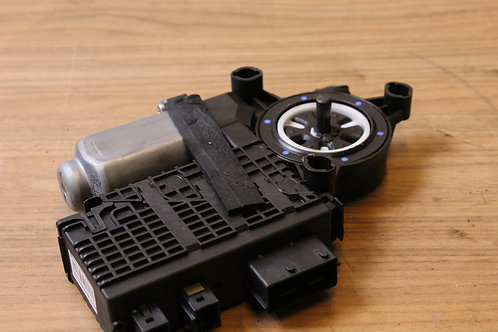 Citroen C4 GRAND PICASSO FRONT Right O/S/F WIPER MOTOR 9682495580 2007-2013