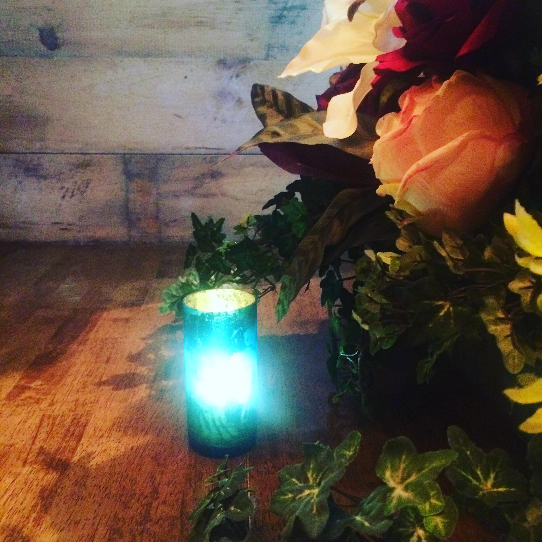 Bar & Flowers