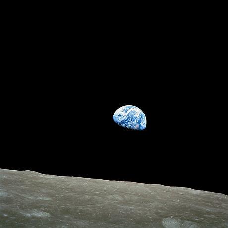 earth-11014_1920.jpg