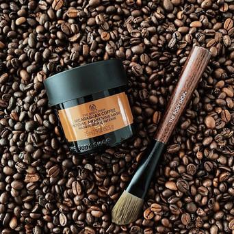 • Nicaraguan Coffee Intense Awakening Mask