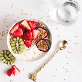 Fruit & yoghurt bowl