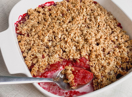 Healthy Apple and Berry Crumble