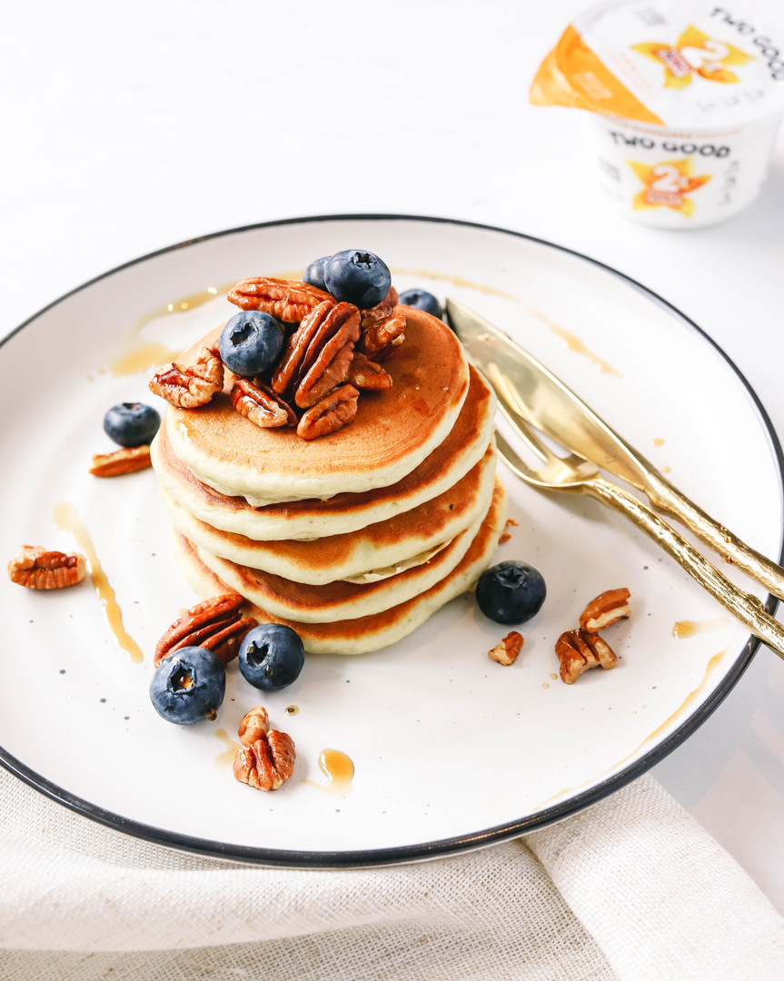 Vanilla Bean and Yoghurt Pancakes
