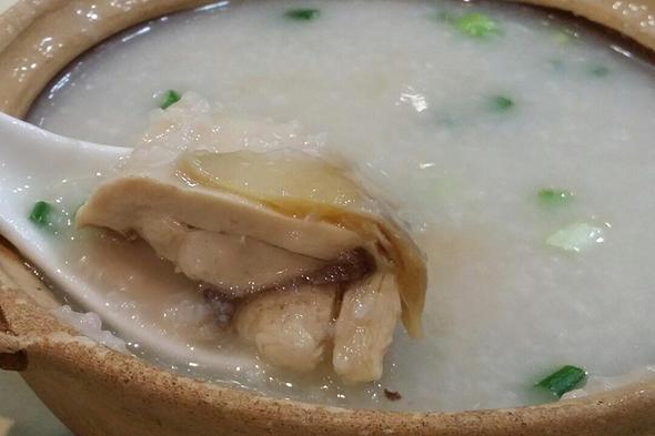 香港沙田河畔強記雞粥