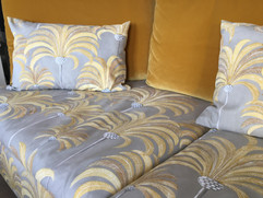 Sofa #SABA Lymes, tissus #ThevenonPalmeraie