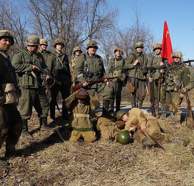 Captured Russians.jpg