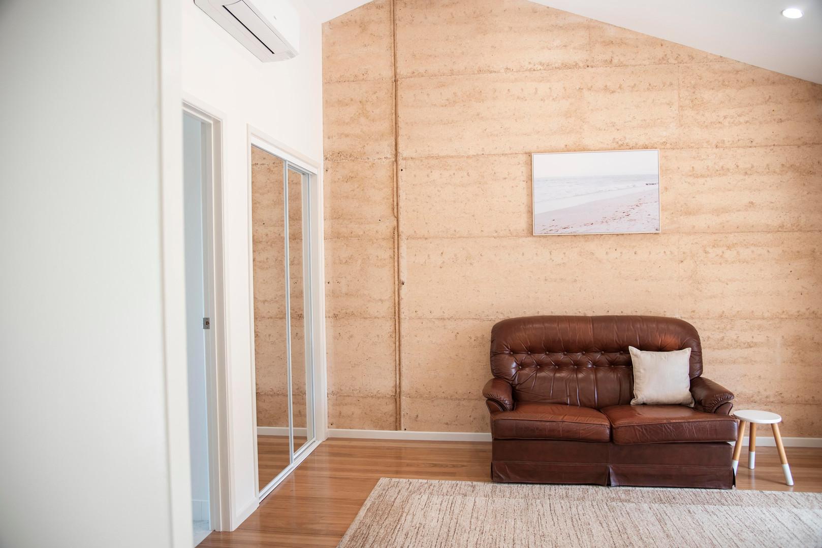 Hilltop-Room 6.4.jpg