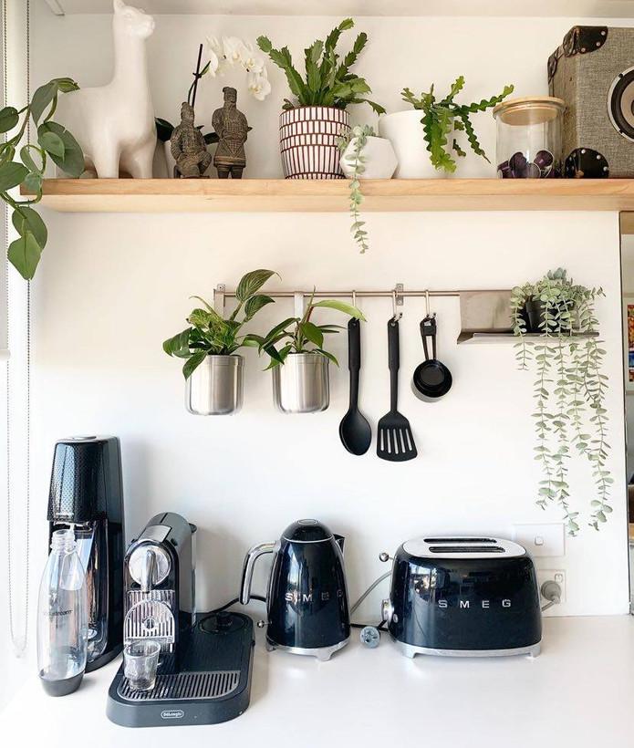Uncluttered kitchen