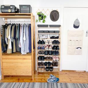 Clothing + shoe organisation.