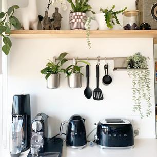Kitchen installation + styling.