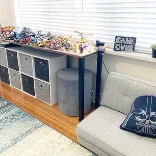Lego organisation.