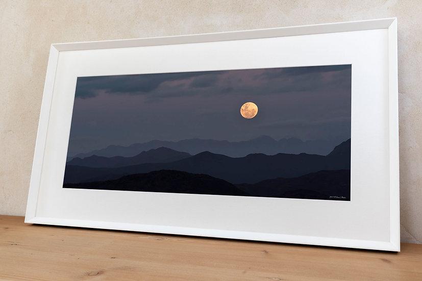 'full moon rising 2'