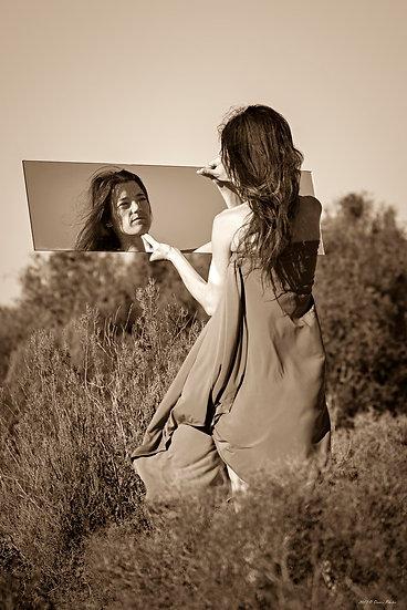 'mirrors 4'
