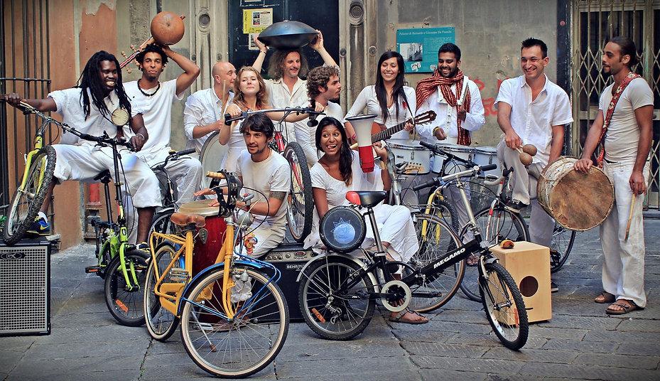 foto con bici.jpg