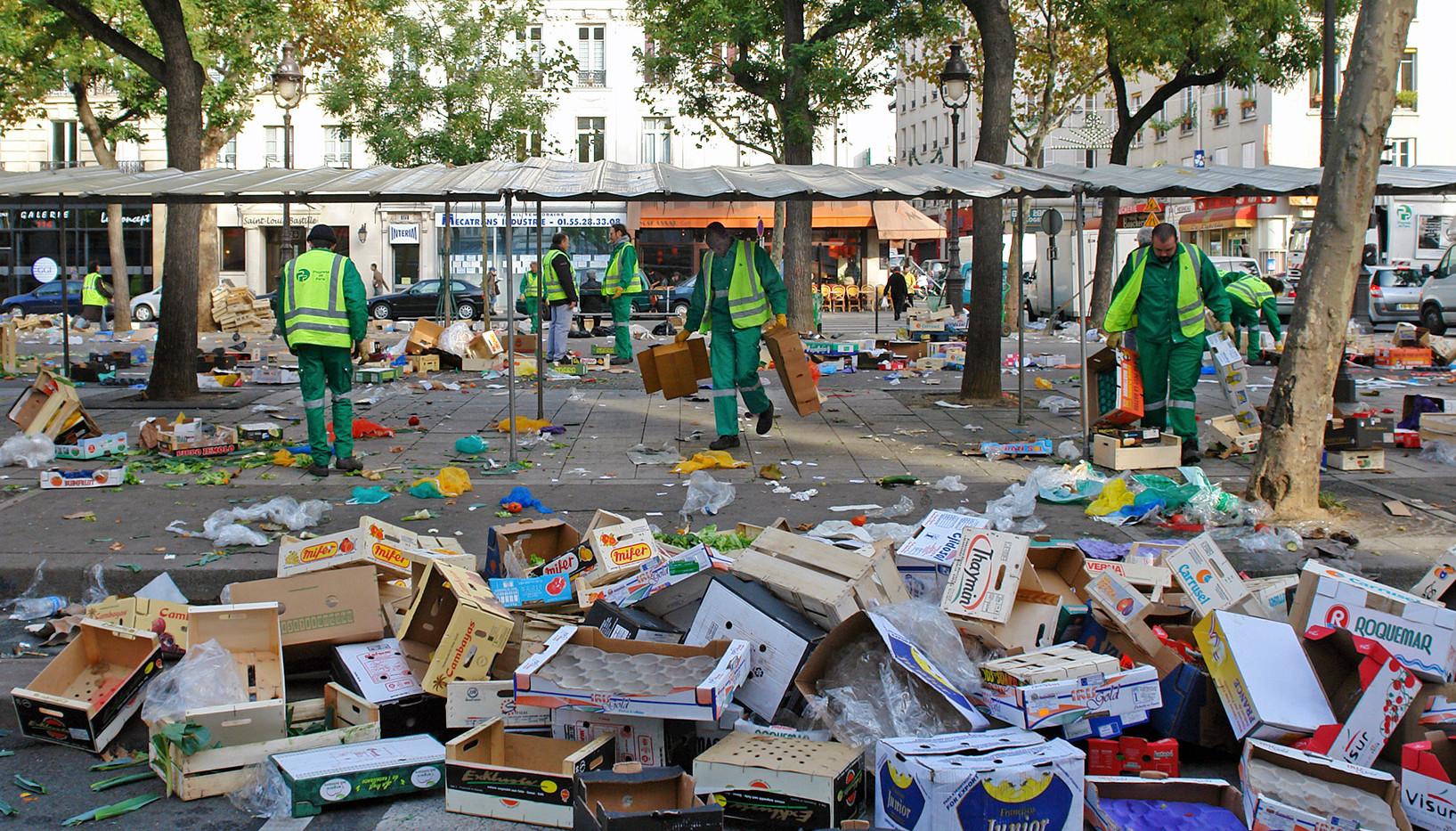 Olle Robin (Sweden) - Market day.jpg