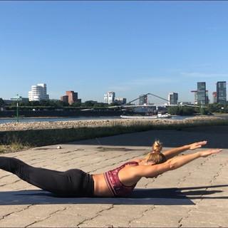 Christine Ronge - Outdoor Yoga in Düsseldorf