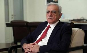 Ahmet Türk'ten kayyım açıklaması: Önemli olan yılmadan mücadeleye devam etmek