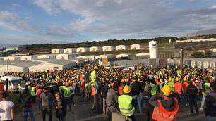 3. havalimanında eylemler sürüyor: Yüzlerce işçi eyleme katıldı, gözaltılar var