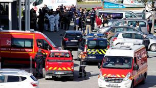 Fransa'da DEAŞ'lı Terörist Marketi Bastı: 2 Ölü, 12 Yaralı
