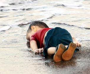 Alan Kurdi'nin babası: Göçmenleri kurtarmak için denize açılacağım