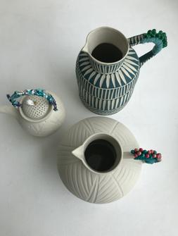 mixture large jugs/teapot