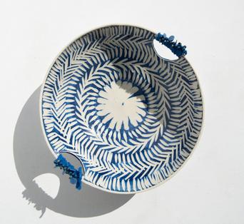 blue/white bowl