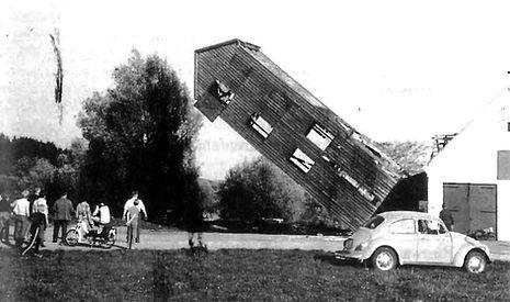 Abriss Feuerwehrturm - FF Stadtkyll 1976