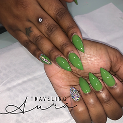 Green Acrylic Nails.PNG