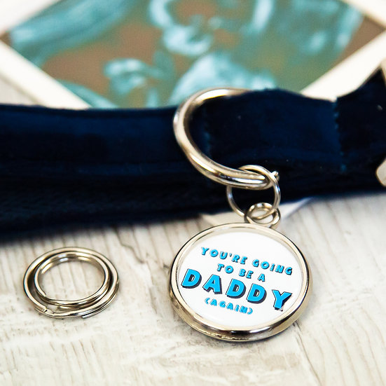 pawesome pet tags, custom dog tags, dogs tag, pregnancy announcement idea, pregnancy reveal ideas, mum to be,