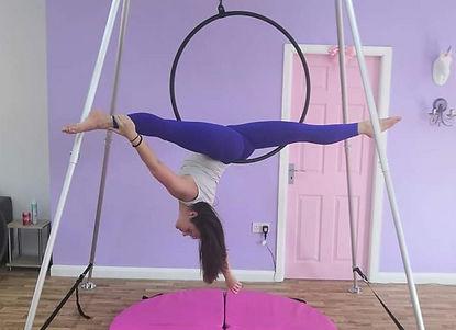 aerial hoop split