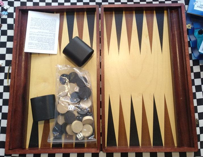מזוודה שש בש עץ תוצרת פולין