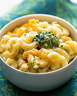 broccoli-cheddar-mac-cheese-vertical_edi