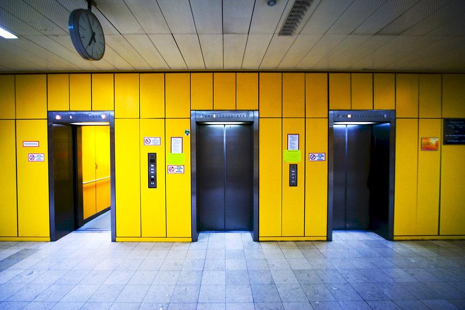 FOTO-INTERNA-ELEVATOR-PITCH-COMPETITION.