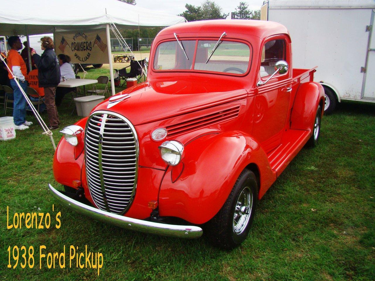 Lorenzos 1938 Ford PU.jpg