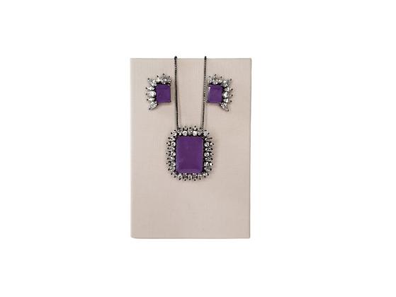Conjunto brinco e colar pedra violeta com zircônias folheado a ródio negro